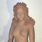 Jungfrau aus gebranntem Ton