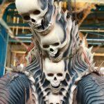Skuptur aus gebranntem Ton - Totenschädel