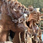 Skulptur aus gebranntem Ton - Detail Totenschädel